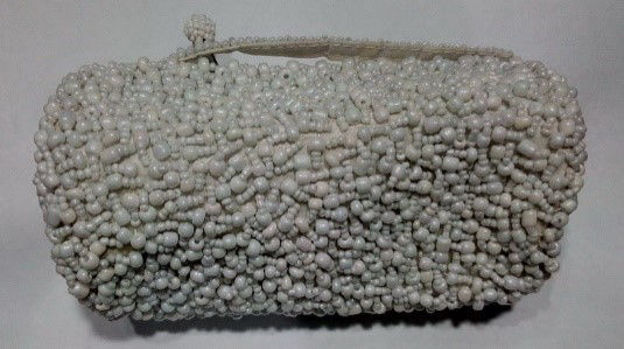 Picture of #B604-06 Cylinder Beaded purse small