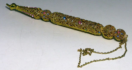 Picture of #7012 Yads Gold Jeweled
